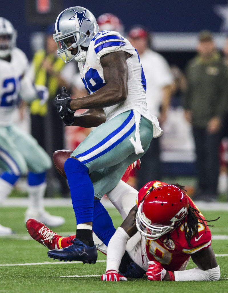 Cowboys Wr Dez Bryant Sprains Ankle In Win Over Chiefs