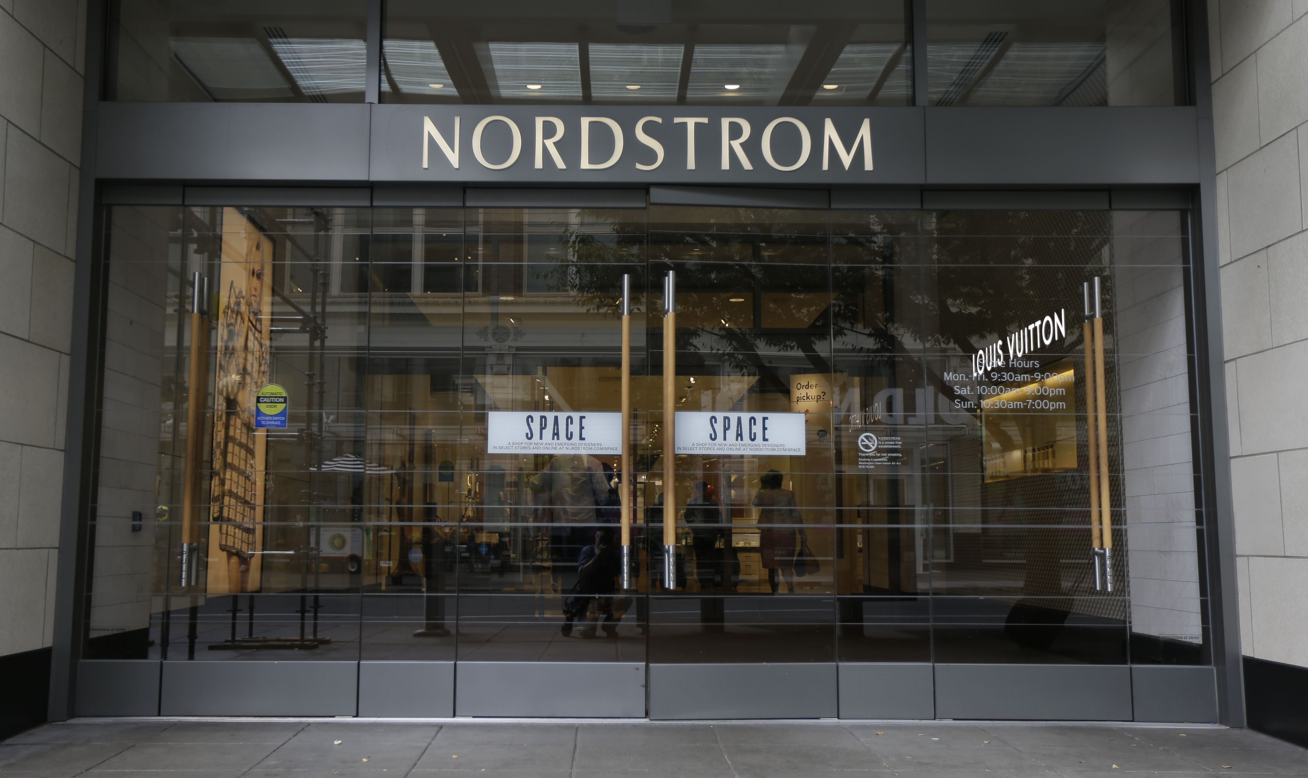 Nordstrom Will Close Clackamas Town Center Store Oregonlive Com
