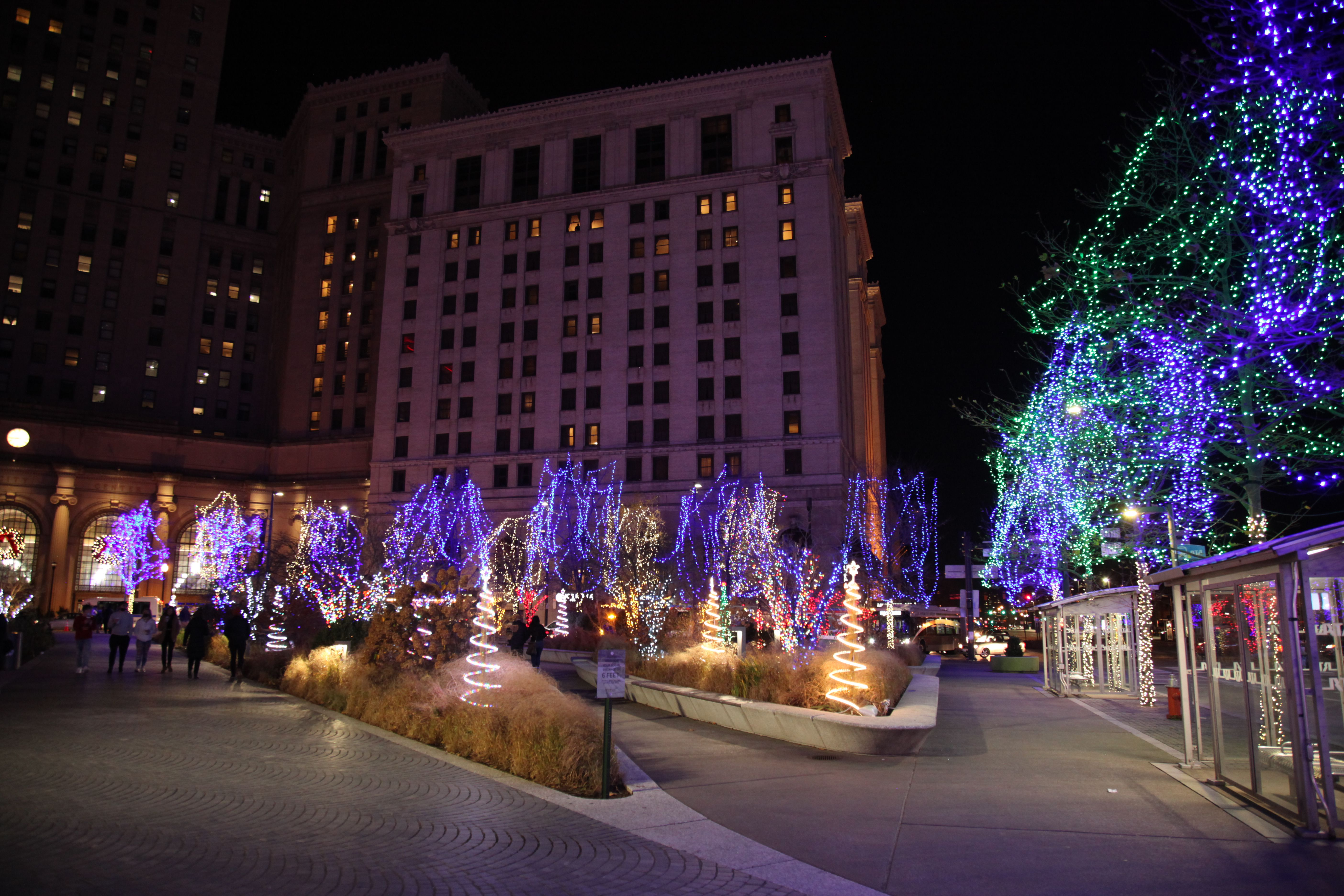 Cleveland Christmas Lighting 2021 Winterfest 2020 Tree Lighting A Welcome Sight At Cleveland S Public Square Photos Cleveland Com