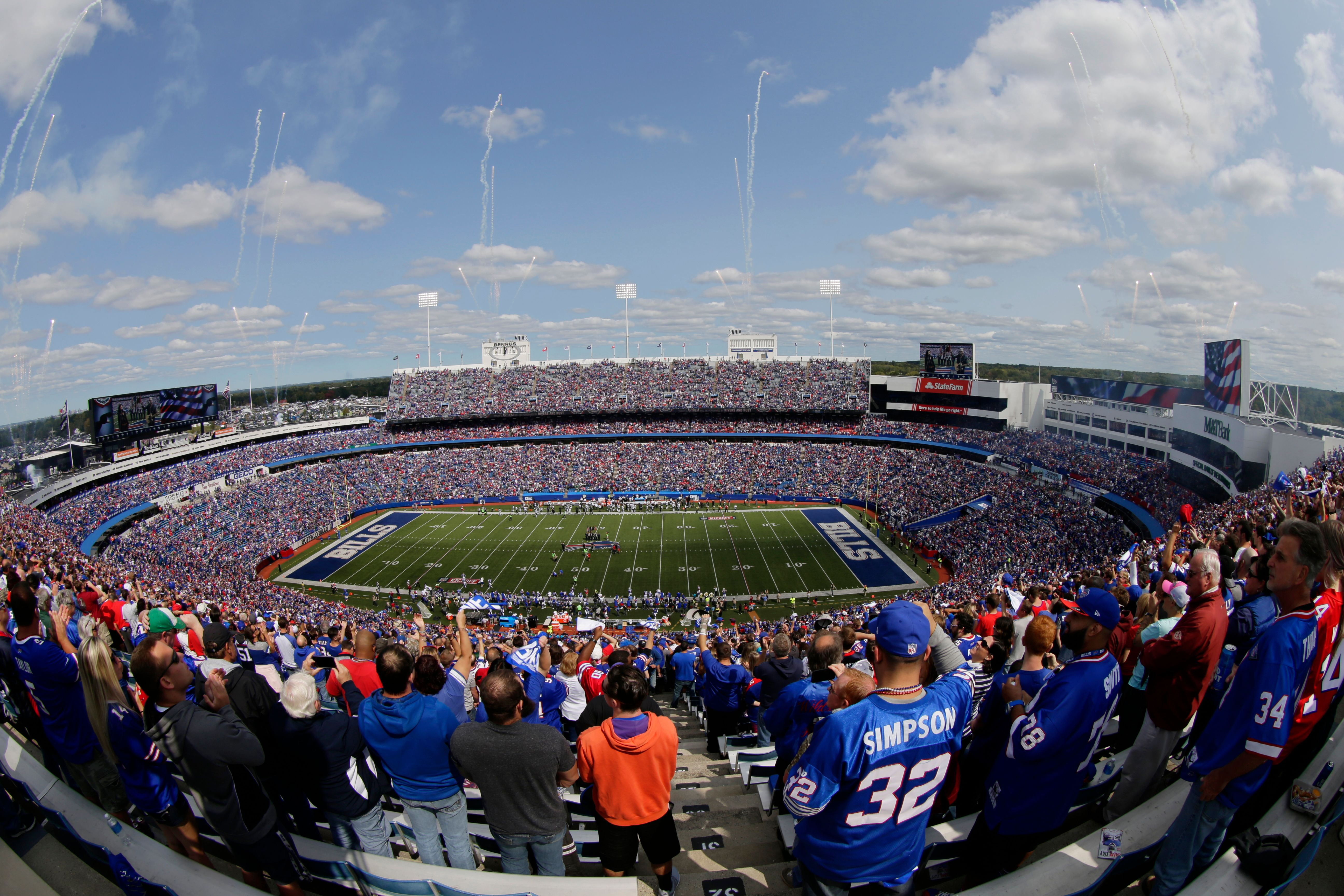 Fans Allowed At Bills Playoff Game Cuomo Doesn T Shut The Door On Possibility Newyorkupstate Com