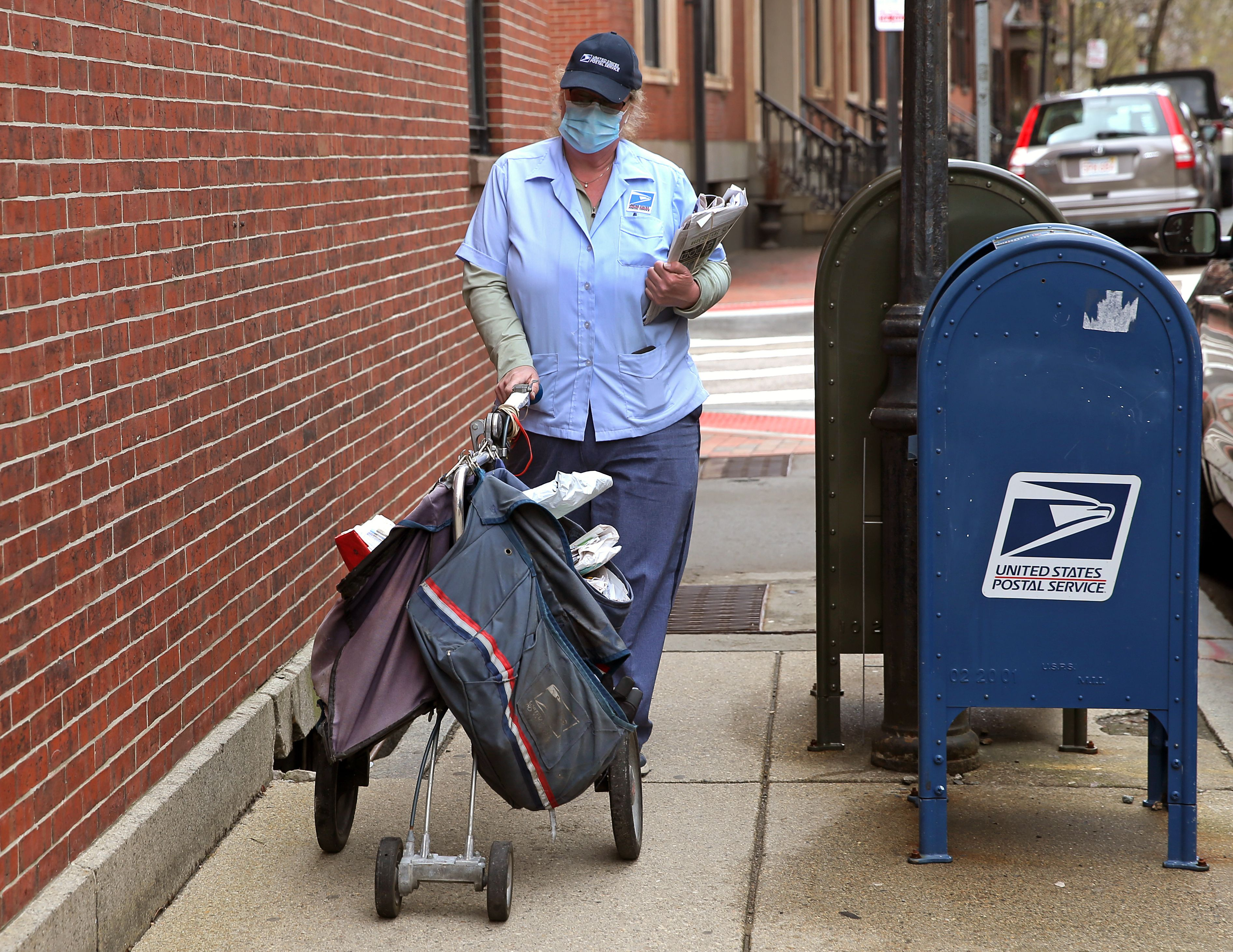 More Us Postal Service Employees Test Positive For Covid 19