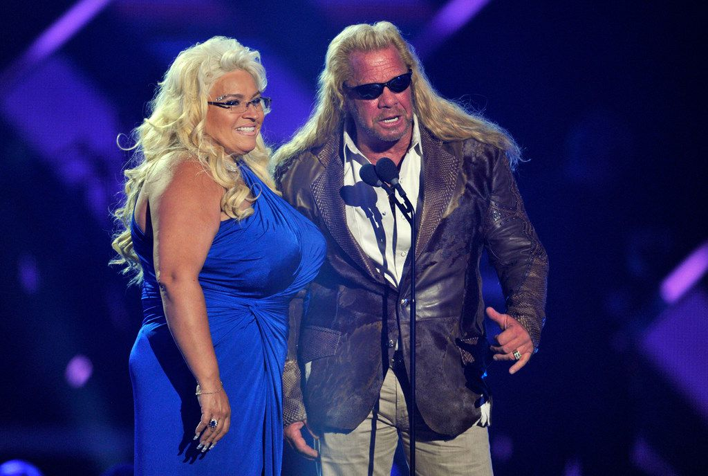 Dog The Bounty Hunters Wife Beth Chapman Dies At 51 After