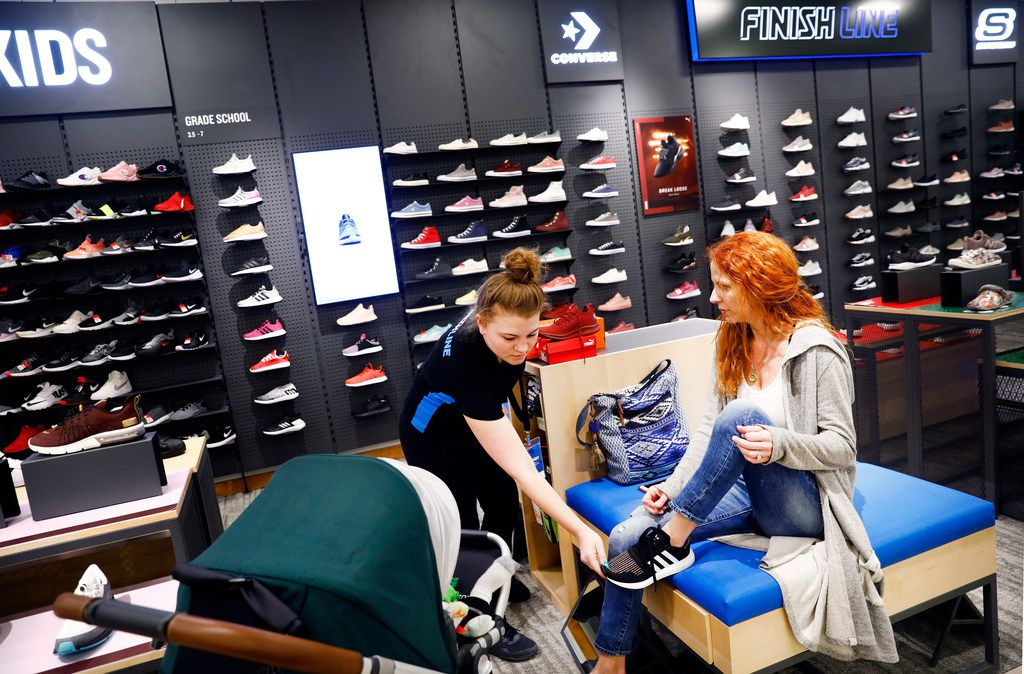 Shoe Store in York, PA | York Galleria Finish Line | Nike