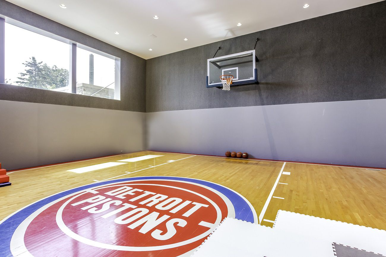 Touring Matthew Stafford S 6 5m Home Largest Infinity Pool Silverdome Pistons Court Man Cave Mlive Com