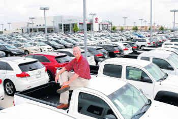 Dallas Toyota Dealers >> Dallas Area Toyota Dealers See Rise In Sales Service Work