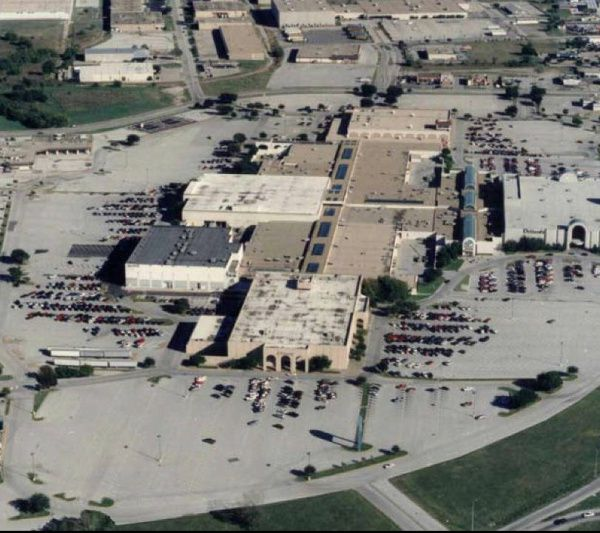Six Flags Mall Up For Grabs