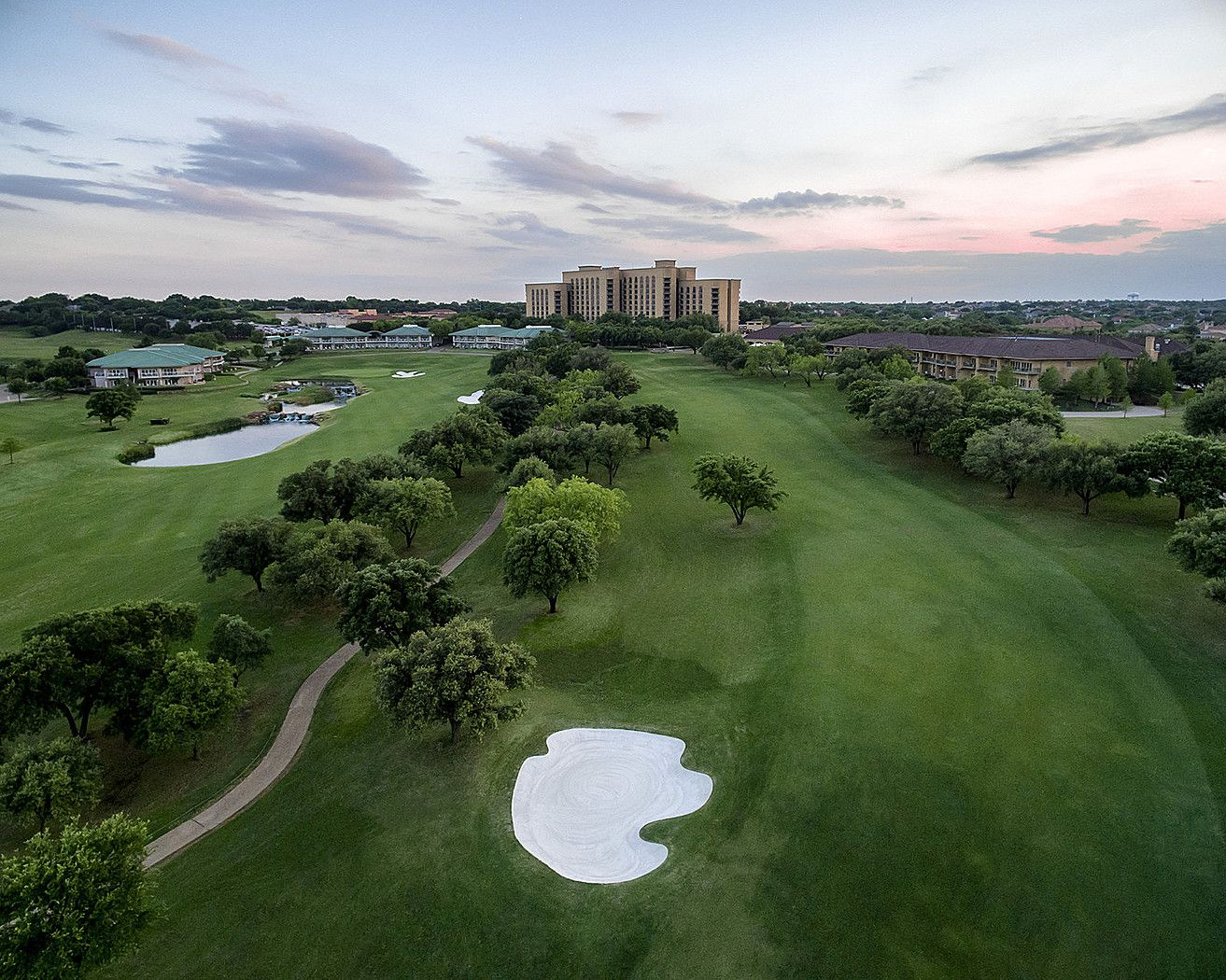 Las Colinas Four Seasons Hotel Bought By New York Developer