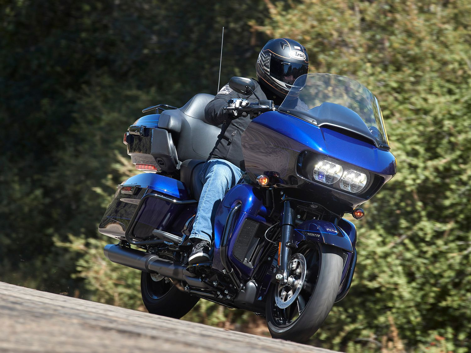 2020 Harley Road Glide Limited First Ride Cycle World