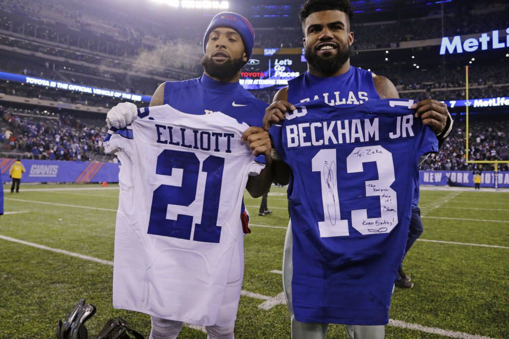 on sale 01367 aa8dc Giants WR Odell Beckham Jr. swaps jerseys with Ezekiel ...