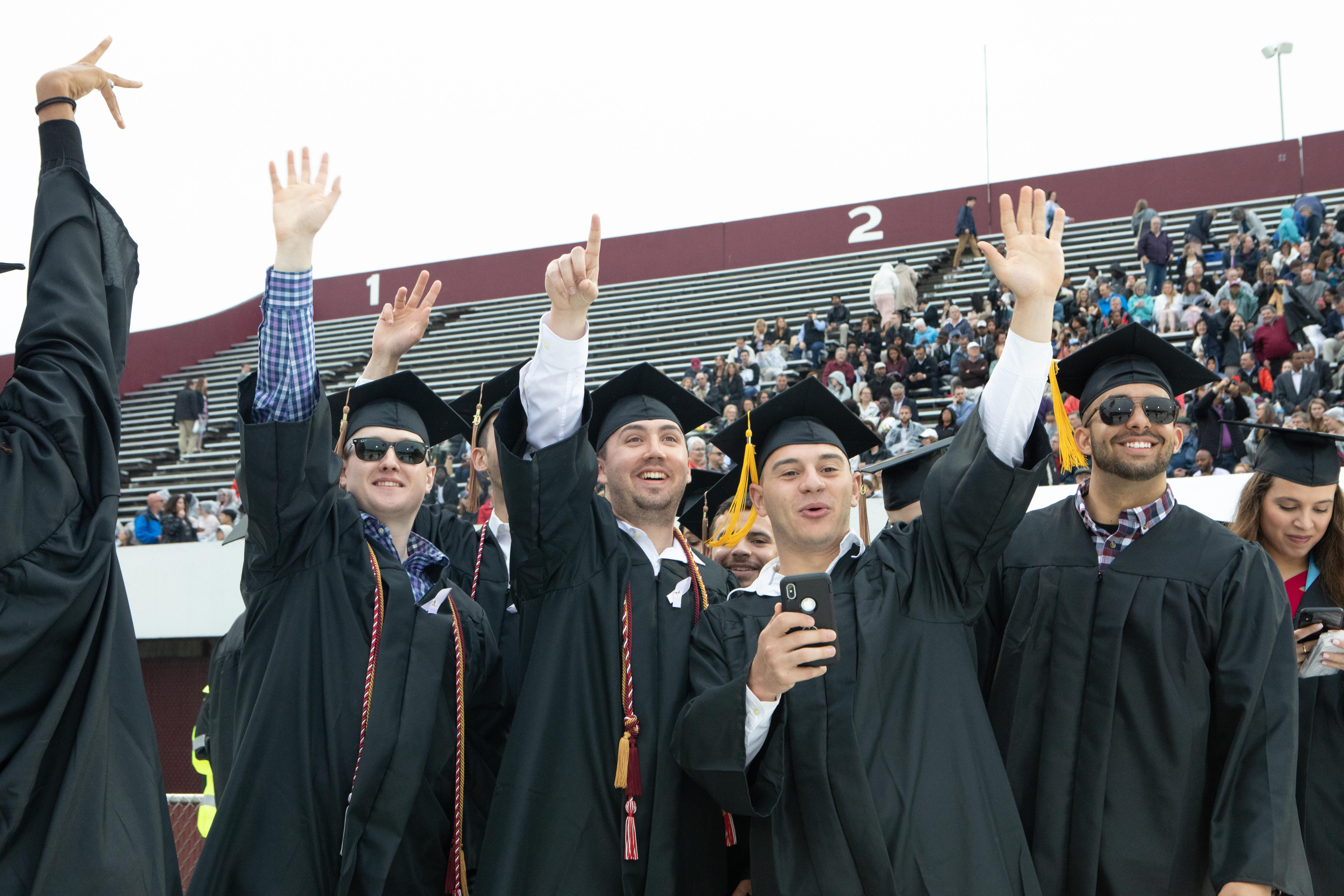 Umass Lowell Graduation 2020.Umass Trustees Vote To Raise Tuition And Fees By 2 5 For