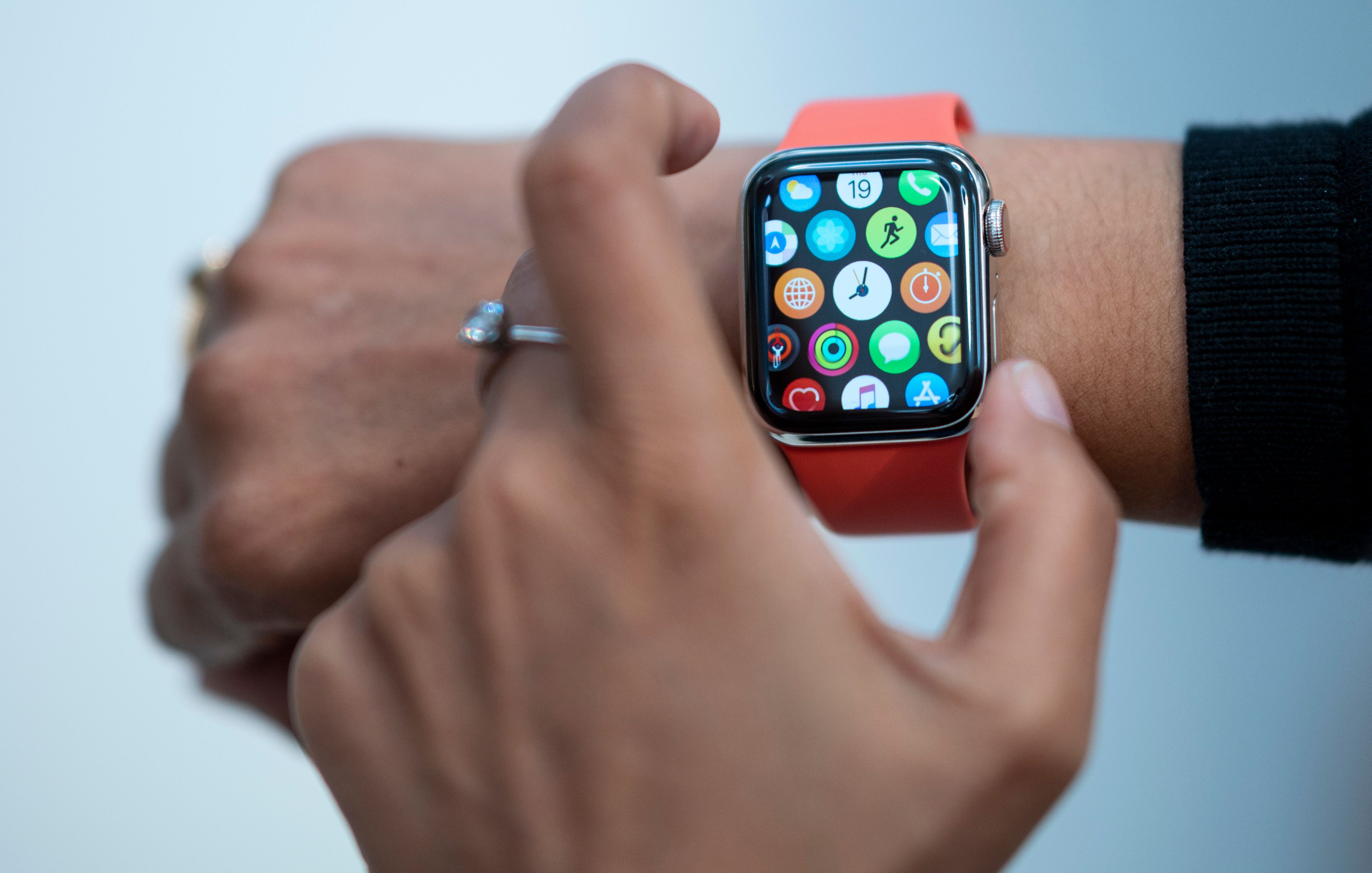 Black Friday Shopping Secrets Apple Watch Deals And How To Decide If Now S The Time To Buy