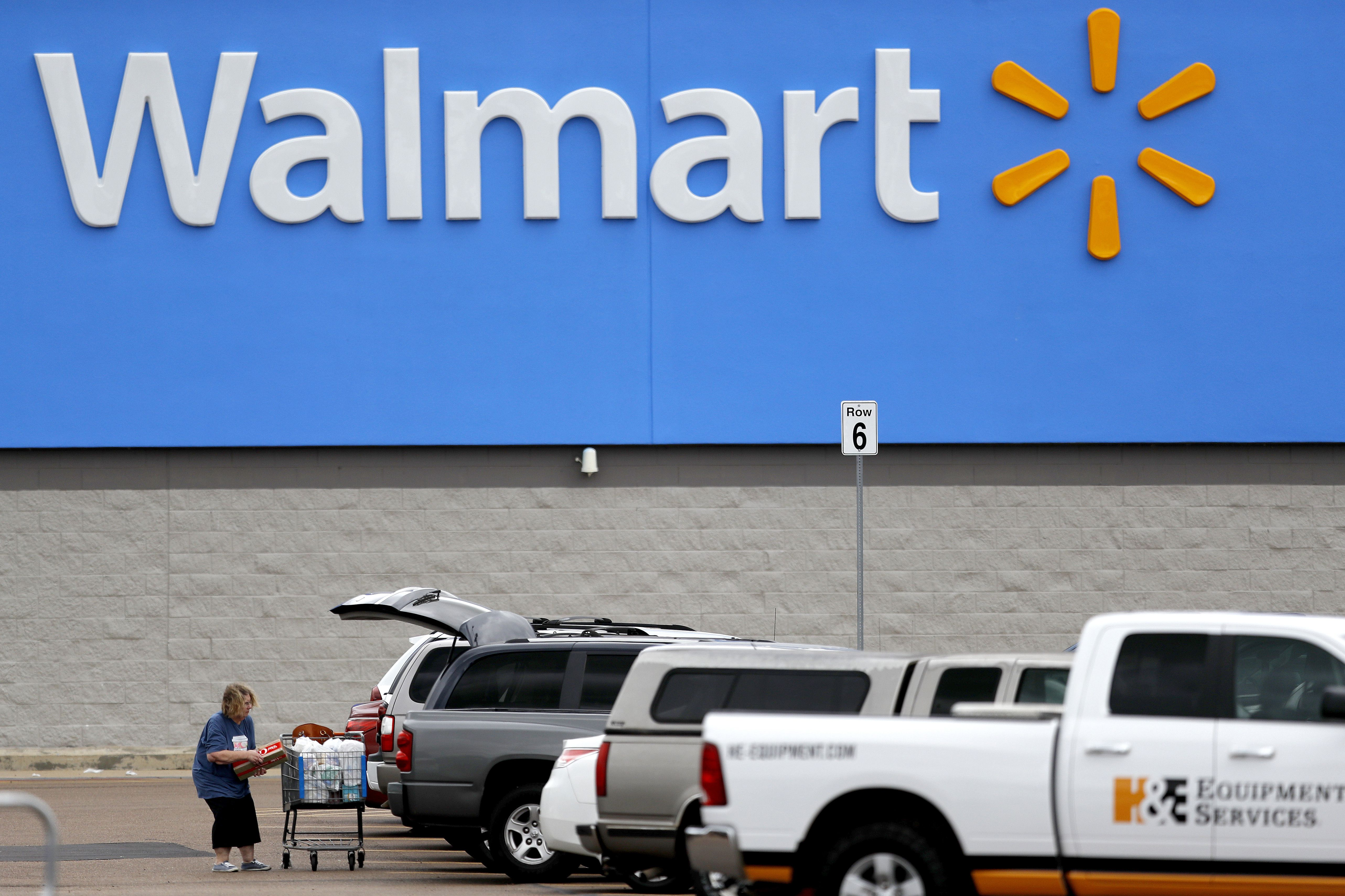 Walmart Ends Black Friday Tradition By Closing Stores On Thanksgiving Mlive Com