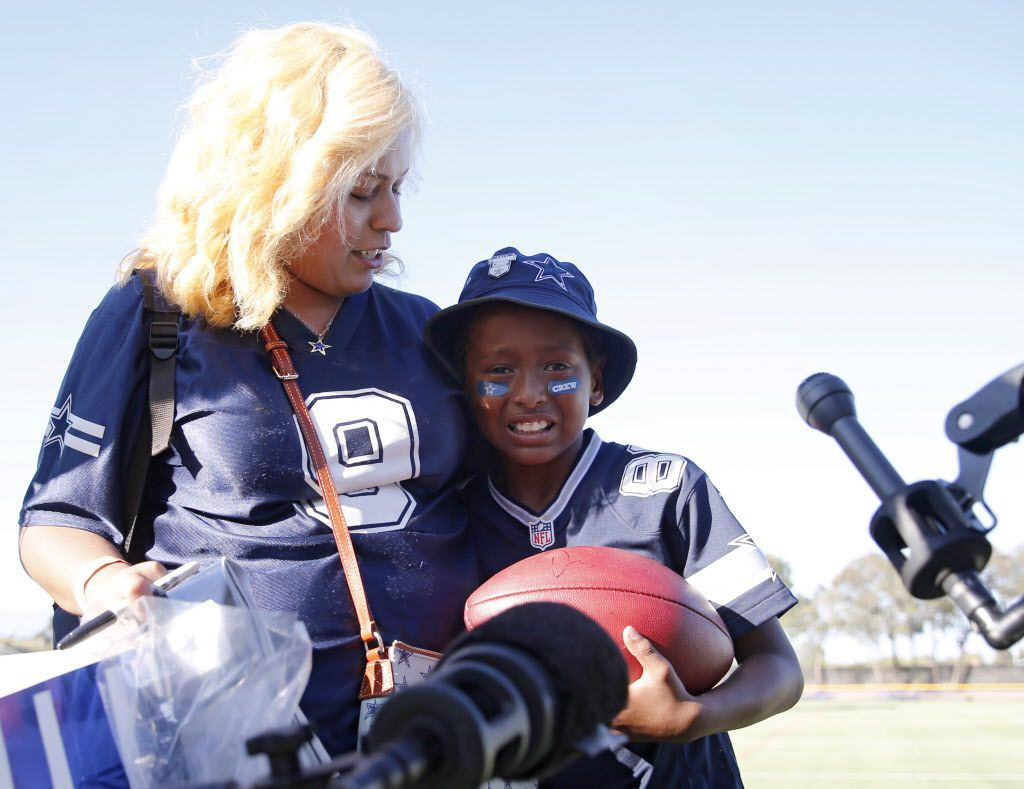 Watching What Dez Bryant Did For This Young Cowboys Fan Will