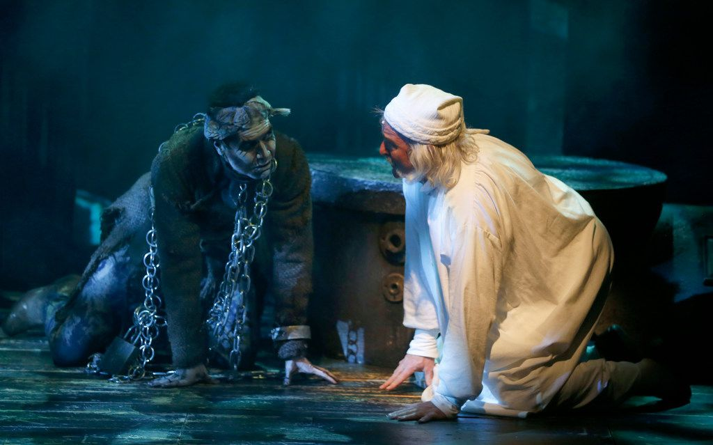 A Christmas Carol Scrooge And Marley.Thoughtful Shifts In A Christmas Carol Remind Us Of Ways